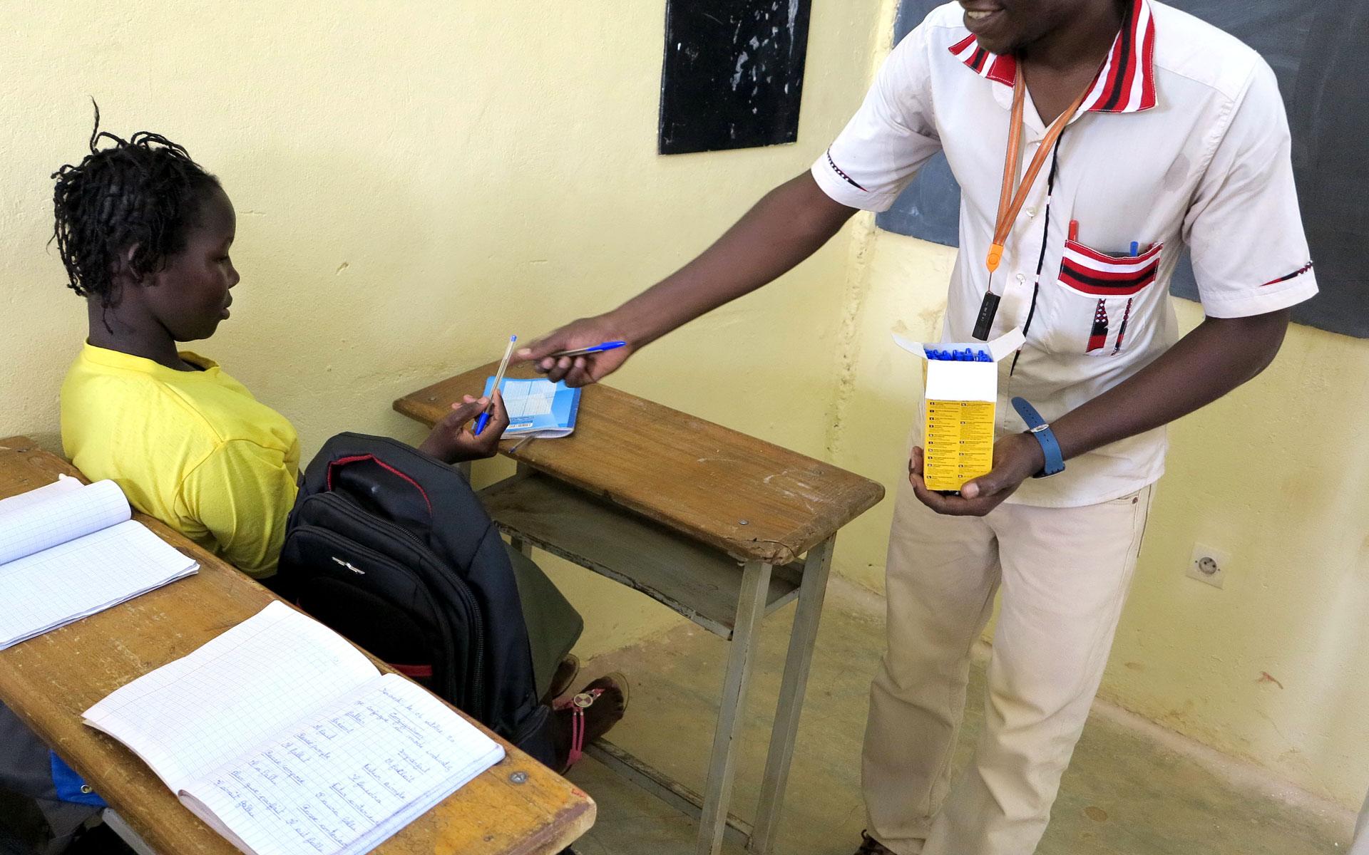 fournitures scolaires || KARONGASORE